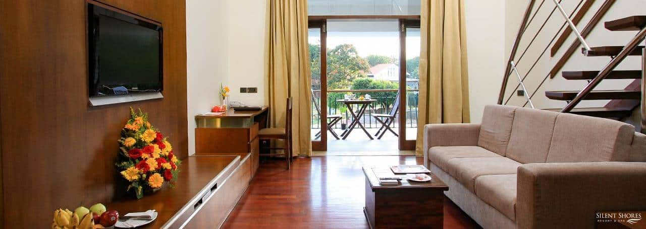 Duplex room with sofa & balcony - hotel rooms in mysore - Silent shores best hotel rooms